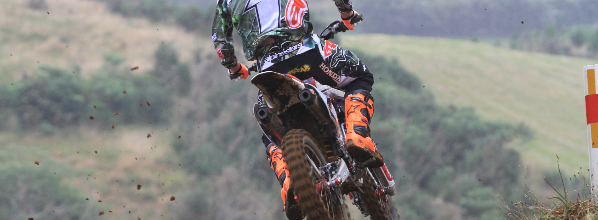 Cody Cooper takes Overall win at Round 2: 2015 NZ MX Championships