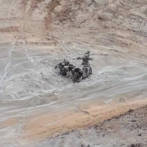 Sara Garcia racing in Dakar Rally 2020 unassisted category! True courage!
