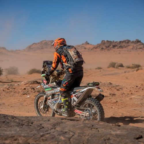 Dakar Rally Stage 3 completed- Women most inspiring acts of humility amid race conditions