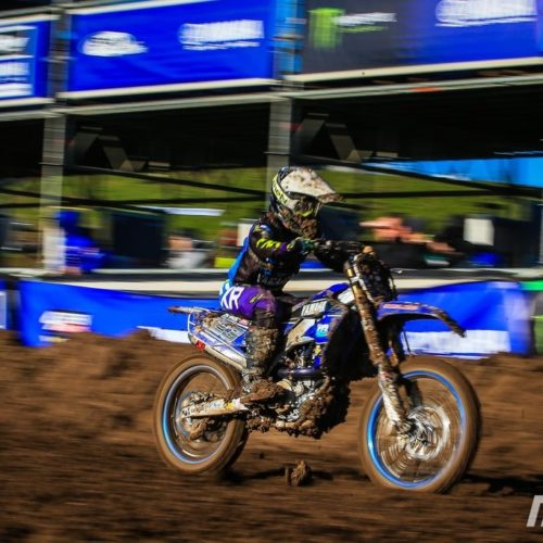 Larissa Papenmeier piles on the pressure racing WMX Round One at Matterley Basin