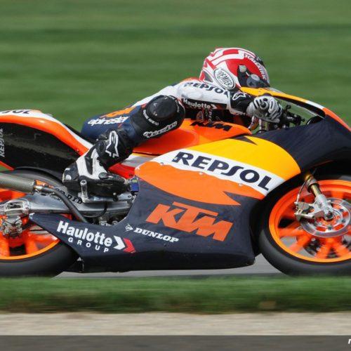 Who wins when riders change Brands/Teams in MotoGP/Moto2?