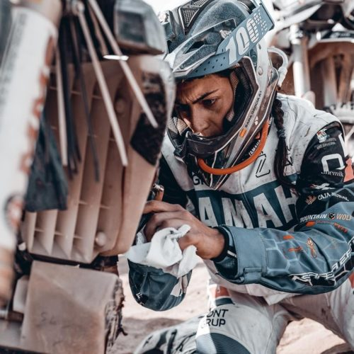Women dealt with fast sections in Dakar Rally Stage 4